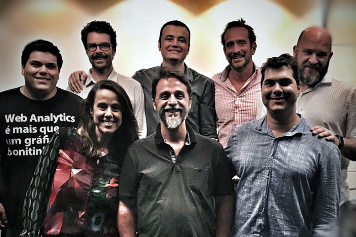 Gustavo Esteves, CEO da Métricas Boss; Leandro Ginane, CEO da Device Lab; Carlos Paulo Jr.; Bruno Chamma, CEO da Kindle; e Marcelo Velloso, CEO da Oslo Digital; Juliana Diniz, CEO da Diz'ain; Gustavo Pereira; e Fábio Medeiros, CEO da Multicom Comunicação.